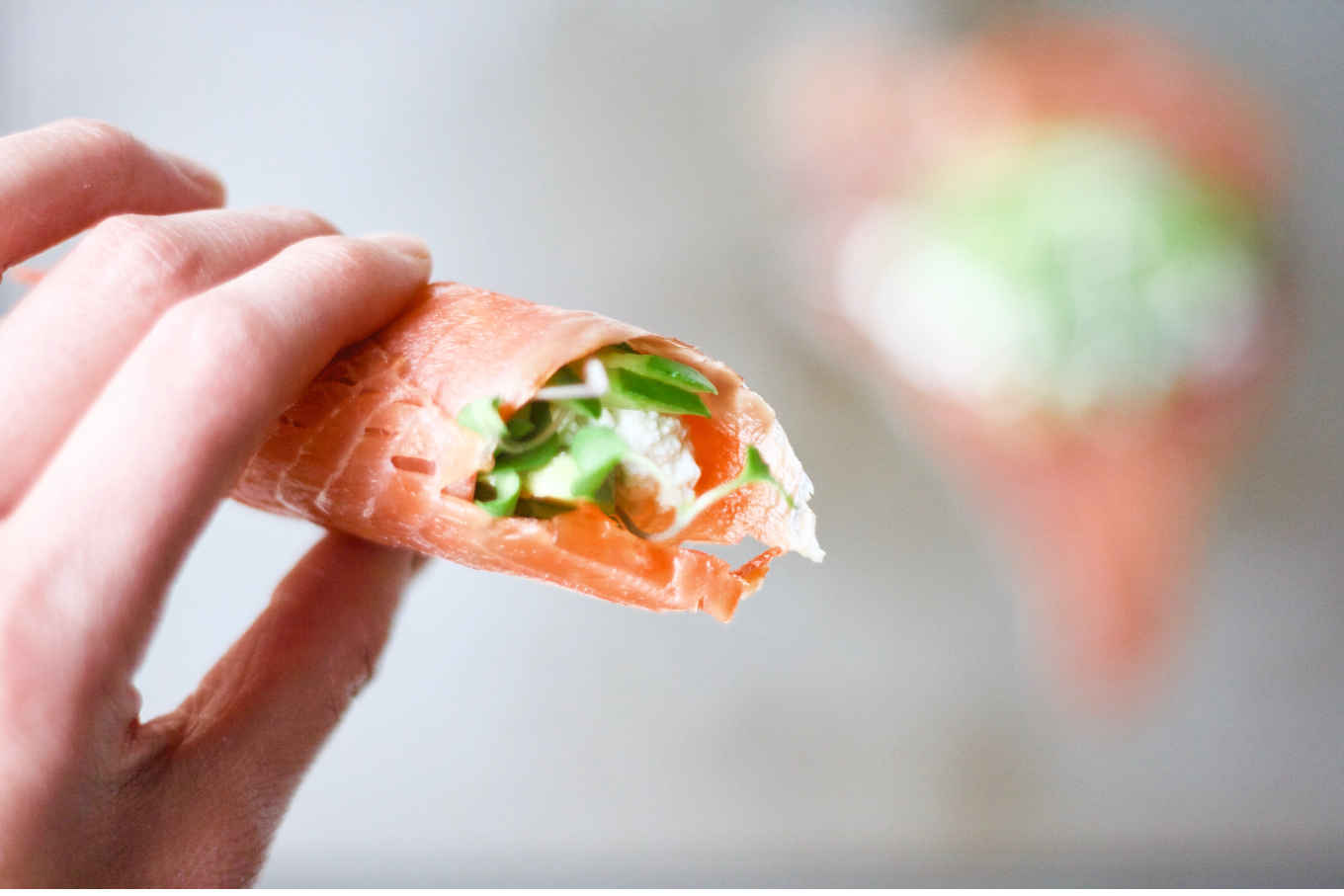 Make your own kefir cheese and eat with creativity. You will love this rice-less sushi for extra dose of probiotics from the kefir cheese. Along with smoked salmon, avocado, sesame seeds, cucumber, microgreens, this probiotic sushi not only is a tasty treat, but with abundant healthy fats also a super brain food to support mental health and brain functions. Comes with a yummy alternative dipping sauce recipe that you can make without wasabi.