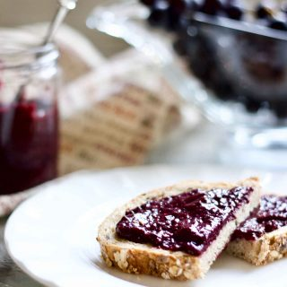 Raw Chia Concord Grape Jelly (5 Minute Instant Jam)