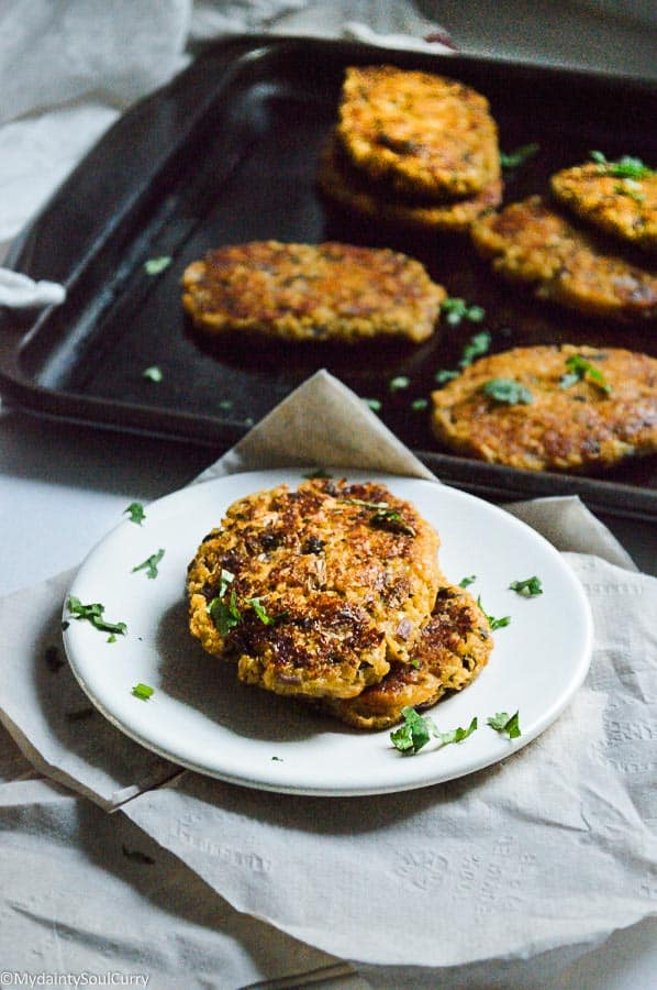 """low-carb vegan baked cauliflower hash brown"" of best keto breakfast recipes"